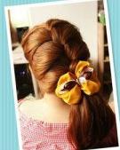 学生MM们最适合怎样的扎发发型