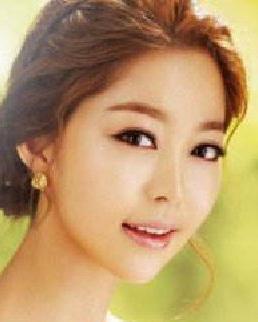 韩式新娘发型 觉温婉清新发型 尽显高贵优雅