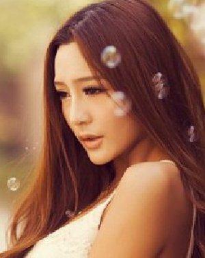 刘海 发型/中分的刘海发型 春季大热的长发发型图片分享