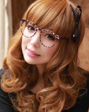 今年最流行的发型颜色 展示女性妩媚动人的一面图片