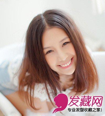 大脸女生的瘦脸斜刘海加上梨花烫 内扣中长发烫发发型(2)图片