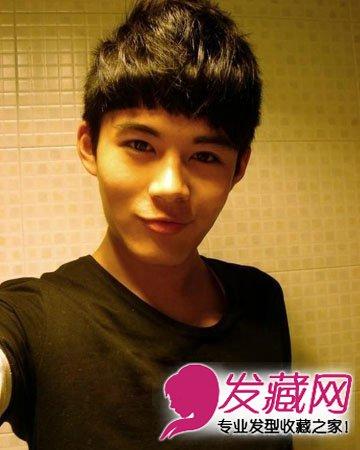 刘海款男士短发发型 最适合脸长男生发型图片 2