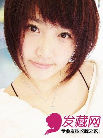 圆脸可爱发型设计 烫染设计瘦脸更减龄   蓬松的斜刘海短发发型,此