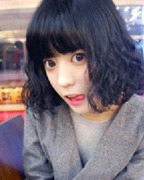 最流行的韩式蛋卷头烫发发型设计 修颜甜美短卷发; 短发发型打造出