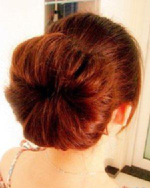 蓬松饱满的花苞头扎发 饱满蓬松的花苞头发型