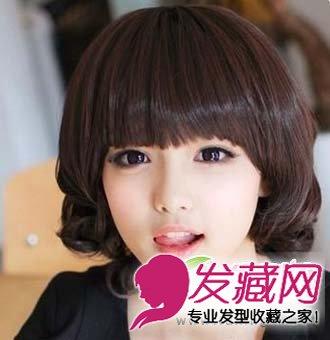 圆脸显瘦发型 斜刘海的中短发发型