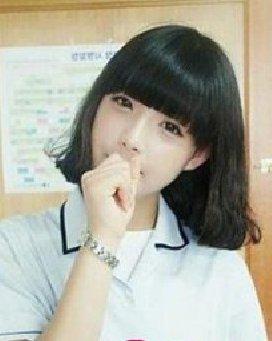 刘海/贴合脸型的齐刘海短发初夏清爽随性修颜发型