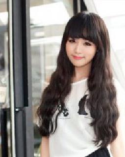 女生玉米烫发型图片 甜美知性感图片