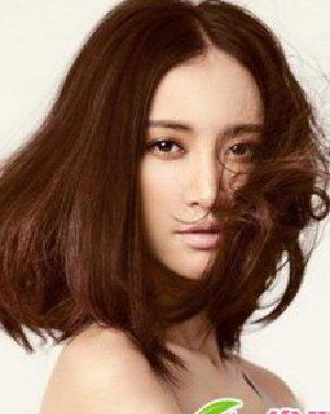 今年流行什么烫发,今年流行什么发型,今年最流行的烫发发型