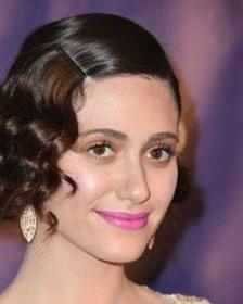 不一样的好看发型,来变身为当天最可爱的小公主哦!图片