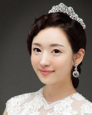 婚纱照新娘发型
