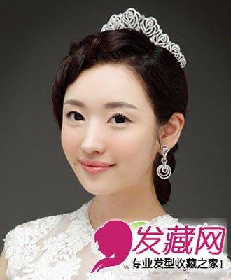 花苞头新娘发型 变身夏日典雅女神(2)图片