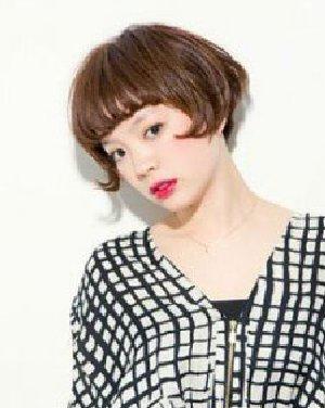 女生短发发型绝对百搭 打造时尚潮人图片