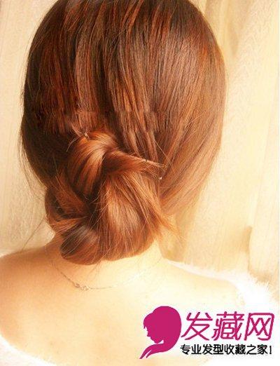 韩式编发(9)  导读:固定好后,调整发型,让整体看起来更加的慵懒自然.
