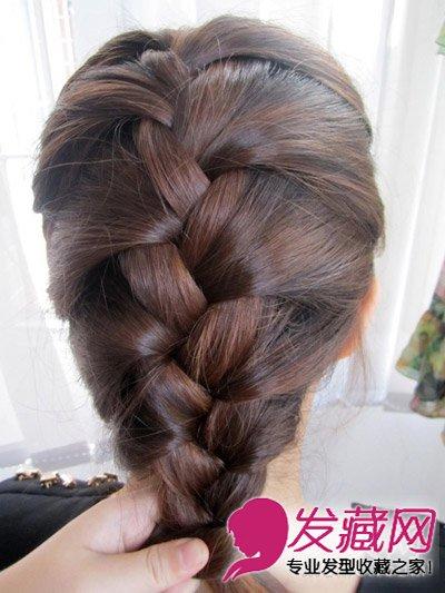 蜈蚣辫的编法图解 简单几步打造气质发型(5)