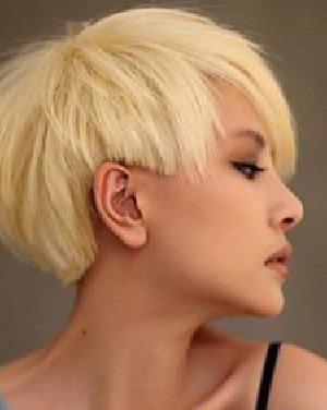 欧美风格的女生短发发型在融入各种流行元素之后