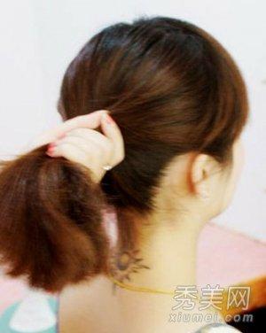 儿童短发梳头发型步骤