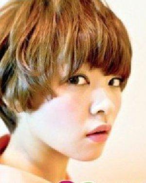 最新短发烫发发型 华丽变身短发烫发发型