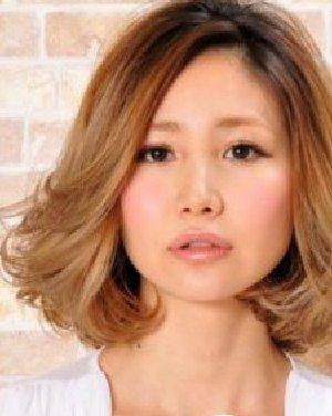 中分蓬蓬头中短发发型分享展示图片