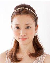 没有刘海女生扎发造型  时尚不失优雅