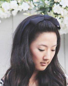 卷发怎么扎好看 清新韩式发型扎法图解