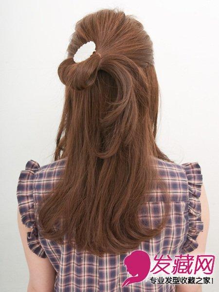 发型网 发型图片 卷发发型图片 > 迷人马尾披肩长卷发扎发 齐刘海长图片