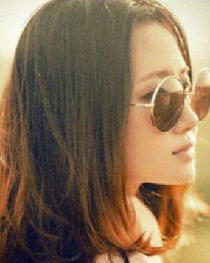 最流行齐肩卷发发型 气质女生发型大公开