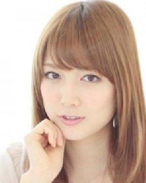 中长发梨花头甜美 最热韩式齐刘海发型日期 (300x376)-内扣发型图