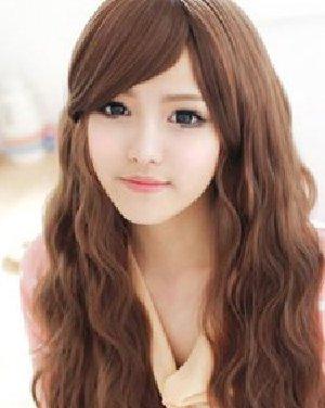 韩式卷发修饰娃娃脸型 超可爱的浅咖色长卷发发型