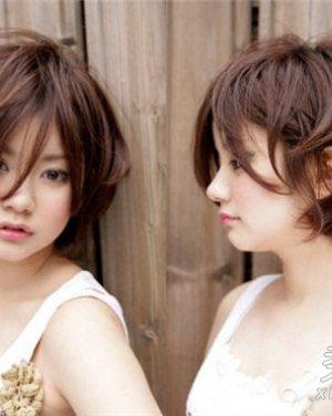 厚重内卷短发发型设计 时尚另类