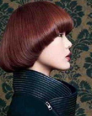 男生短发烫发发型图片设计 改良版蓬松锅盖头发型日期: 13-11-07图片