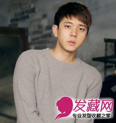 韩国男生齐刘海发型 黑色的短发