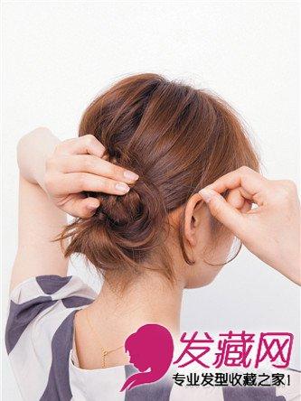 猫耳朵扎发吸引他的注意 →中短发怎么扎简单好看?