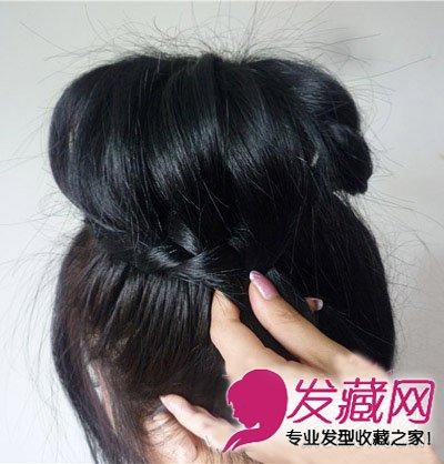 花苞头发型 > 圆脸长发扎发教程 韩式花苞头发型图片(5)  导读:编完一
