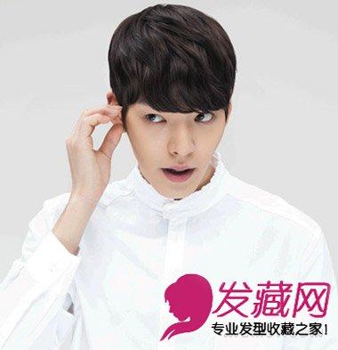 可爱的锅盖头发型造型,再配上时尚的韩式纹理烫,遮住眉毛长度的图片