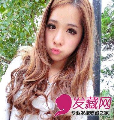 自然的斜刘海卷发乖巧中带着甜美 韩式长卷发时尚超瘦脸(4)图片