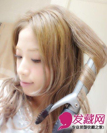 扎法显年轻 →简单又好看的丸子头发型图片 →长发变短发&蓬松图片