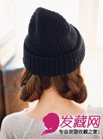 冬日随意感编发教程 长发配帽子最可爱(3)