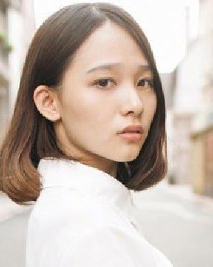 齐肩的中短发是时尚MM最爱的流行
