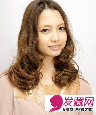 染出时尚发型的发型系染发时尚烫发棕色最瘦脸(3)中长圆脸颜色发图片
