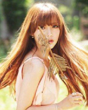 长脸适合什么发型 韩式齐刘海烫发发型