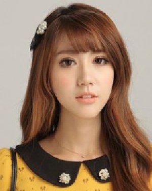 圆脸MM适合微卷发型图片 9款韩式卷发藏肉塑V脸