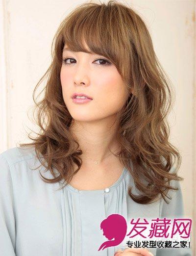 头型与发型设计 柔美的长卷发发型(2)