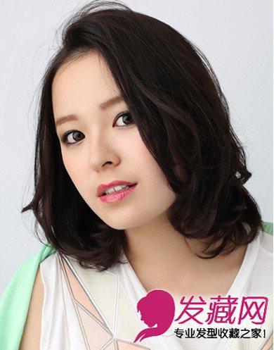 女生圆脸适合什么发型 半露额的中分梨花头发型(9)