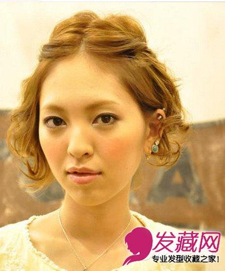 公主发型六: 这款中分的梨花烫,发丝染色时尚好看,只需要简单的扎发