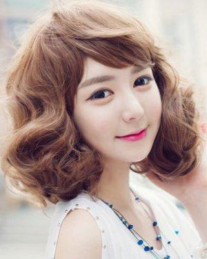 发型与脸型搭配 蓬松的短发造型
