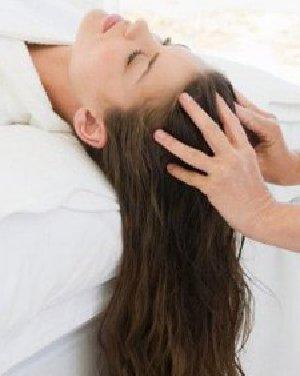 别忽略你的头皮 解决头发发梢分叉方法