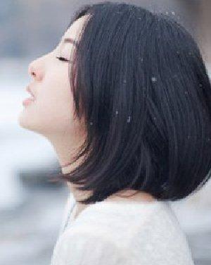 充满青春活力气息的短发发型 减龄修颜气质范