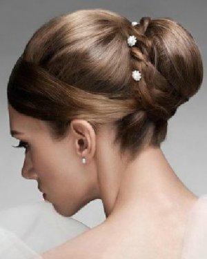 甜美新娘发型 简易发髻造型浪漫婚礼