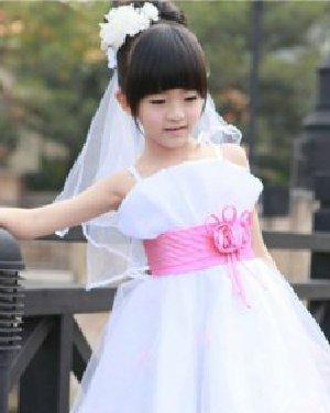 精致可爱儿童发型 打造时尚小公主发型